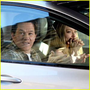 Mark Wahlberg & Amanda Seyfried Hit New York For More 'Ted 2' Filming!
