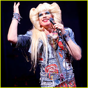 Michael C. Hall Dresses in Drag for 'Hedwig' On-Stage Photos!