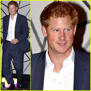 Prince Harry Has a Night Out in London with Some Male & Female Pals!