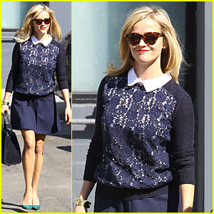 Reese Witherspoon Shows Off Beautiful Blonde Locks After Hair Appointment