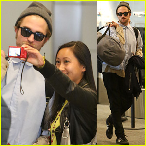 Robert Pattinson Touches Down in Toronto After Spending Time with Girlfriend FKA twigs