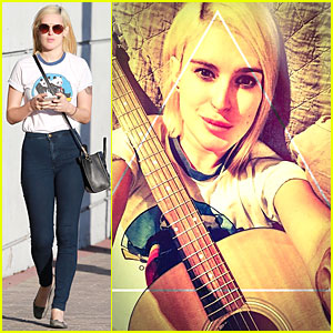 Rumer Willis' Fingers Hurt From Evening Guitar Practice