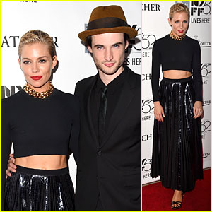 Sienna Miller Flashes Her Toned Midriff at 'Foxcatcher' Premiere
