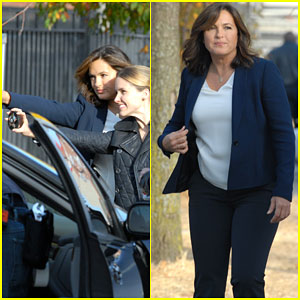 Sophia Bush & Mariska Hargitay Are 'Babe Town' Status for 'Chicago P.D.' Crossover