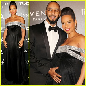 Swizz Beatz Holds Alicia Keys' Baby Bump on the Red Carpet