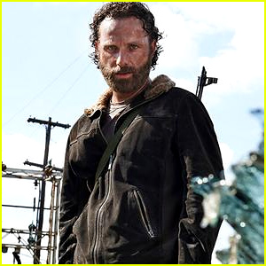 'The Walking Dead' Cast Reacts to Season Five Premiere - Read the Tweets!