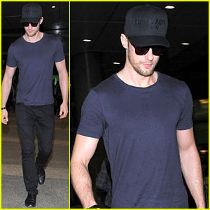 Alexander Skarsgard Finally Emerges After Months Away!
