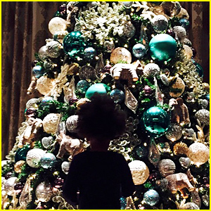 Beyonce & Blue Ivy Carter Are in the Holiday Spirit!