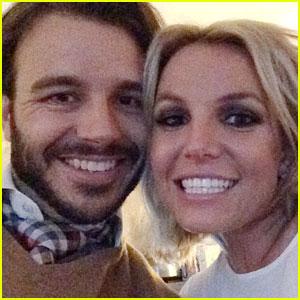 Britney Spears & Boyfriend Charlie Ebersol Look Adorable in a New Selfie
