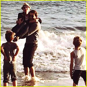 Britney Spears Says She Loves Her Boys Sean Preston, Jayden James, & Boyfriend Charlie Ebersol - See the New Pic!