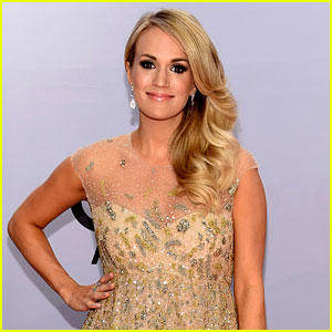 Brad Paisley Reveals Carrie Underwood Is Having a Baby Boy at CMA Awards 2014!