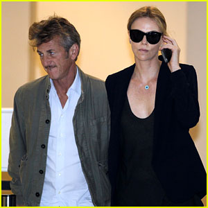 Charlize Theron & Sean Penn Are Still Going Strong, Hold Hands in South Africa!