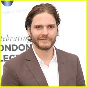 Daniel Bruhl Will Be Evil Villain in 'Captain America: Civil War'!
