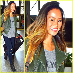Jamie Chung & Fiance Bryan Greenberg Celebrate Friendsgiving