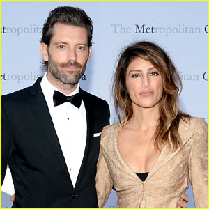 Jennifer Esposito Is a Married Woman Again, Weds Louis Dowler!