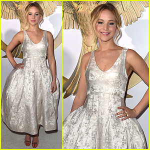 Jennifer Lawrence is White Hot at 'Hunger Games: Mockingjay' Los Angeles Premiere!