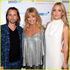 Kate Hudson Makes Mom Goldie Hawn's Charity Event a Family Affair!
