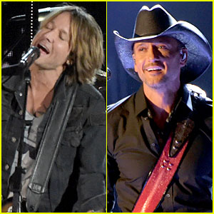 Keith Urban & Tim McGraw Perform at the CMA Awards 2014!