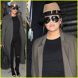 Khloe Kardashian Pumps Up UK Fans For 'Kourtney & Khloe Take the Hamptons' Premiere