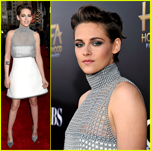 Kristen Stewart Shows Her Smile at Hollywood Film Awards 2014