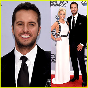 Luke Bryan Brings Wife Caroline Boyer to CMA Awards 2014!