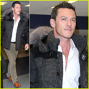 Luke Evans Wants You to Send Him Your Dracula Halloween Costume Pics!