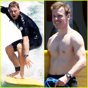 Michael Fassbender Goes Shirtless, Catches a Ton of Waves with Alicia Vikander in Sydney!