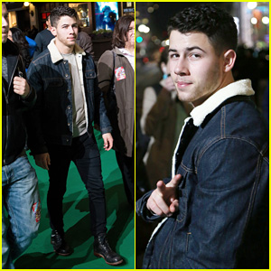 Nick Jonas Gets Ready for the Macy's Thanksgiving Day Parade!