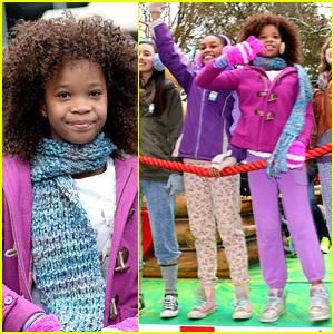 Quvenzhane Wallis & 'Annie' Foster Kids Perform on the Parade!