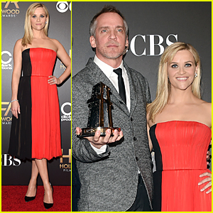 Reese Witherspoon is the Perfect Blend of Red & Black at Hollywood Film Awards
