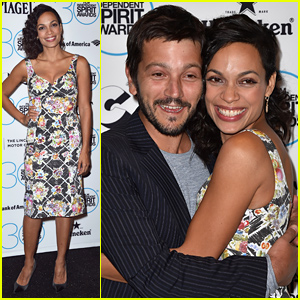 Rosario Dawson & Diego Luna Look Like Total BFFs on the Red Carpet!