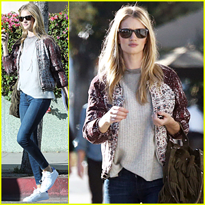 Rosie Huntington-Whiteley Looks For New Furniture to Adorn Her Home
