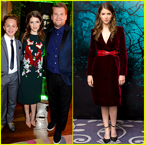 Anna Kendrick Wears a Christmas Sweater Inspired Dress!