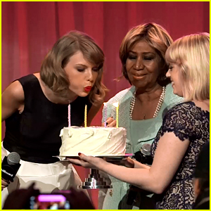 Aretha Franklin Sings 'Happy Birthday' to Taylor Swift - Full Video