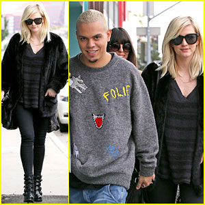 Ashlee Simpson & Evan Ross Hold Hands After Pregnancy News