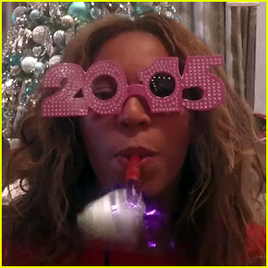 Beyonce Rings In 2015 By Celebrating Her Best Moments From This Year - Watch Now!