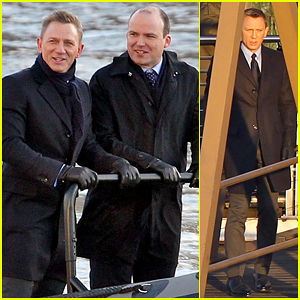 Daniel Craig Begins Filming New James Bond Movie 'Spectre'!
