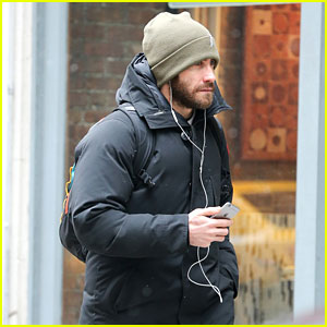 Jake Gyllenhaal Feels 'Particularly' Honored by SAG Nomination