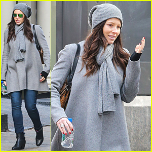 Jessica Biel & Justin Timberlake Told Joey Fatone About Pregnancy 'A While Ago'