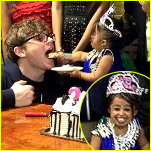 Jyoti 'Ma Petite' Amge Celebrates 21st Birthday with 'Freak Show' Cast!