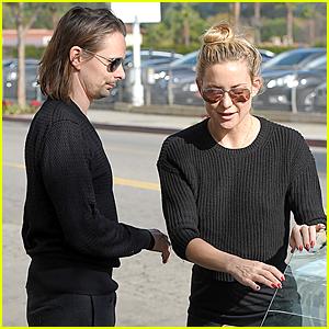 Friendly Exes Kate Hudson & Matthew Bellamy Grab Breakfast Together After Split