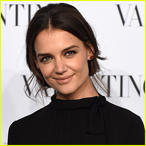 Katie Holmes & Suri Did Not Spend Christmas with Tom Cruise