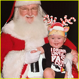 Kelly Clarkson's Baby Daughter River Rose Meets Santa for the 1st Time - See the Pic!