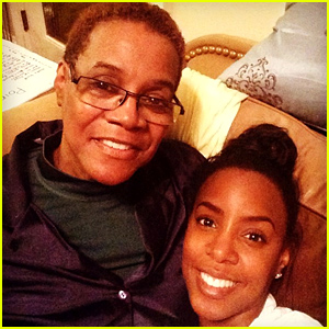 Kelly Rowland Mourns the Death of Her Mother Doris