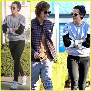Kristen Stewart Laughs It Up at Lunch with Pal Alicia Cargile