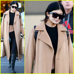 Kylie Jenner Draws Attention To Her Toned Midriff While Grocery Shopping