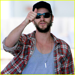 Liam Hemsworth Really Approves of Pumping His Own Gas