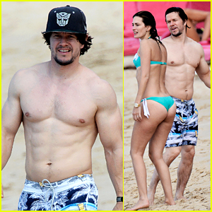 Mark Wahlberg Shows Off Ripped Shirtless Body in Barbados!