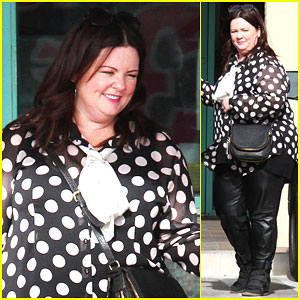 Melissa McCarthy Spends Christmas Eve with Her Family & Chinese Food