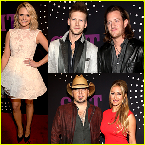 Miranda Lambert Thanks Her 'Rock' Blake Shelton at CMT Artists of the Year Special!
